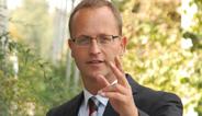 Prof. Dr.-Ing. Bert Bosseler, wissenschaftlicher Leiter des IKT